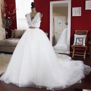 Dresses & Skirts - Detachable bridal tulle ballgown skirt